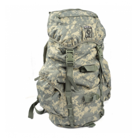 101 INC Bag 25L: Recon ACU (101 Inc) AC-WP351631ACU Bag and Case